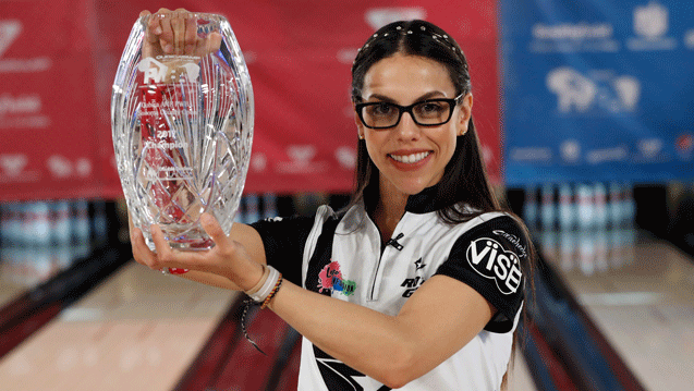 Restrepo wins first title of 2017 at QubicaAMF PWBA Sonoma County Open