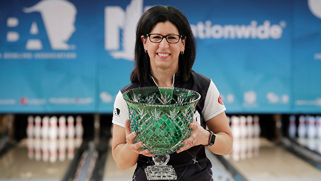 Liz Johnson strikes again at Nationwide PWBA Columbus Open